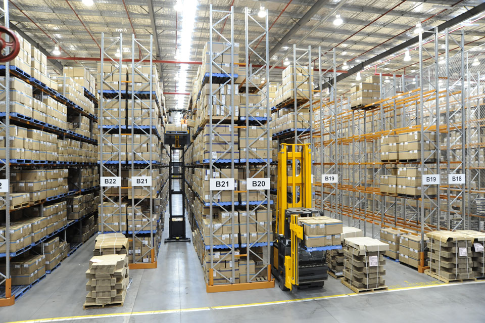 Narrow Aisle Racking Systems For Pallet Storage Colby